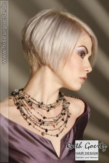 kort blond djup hals