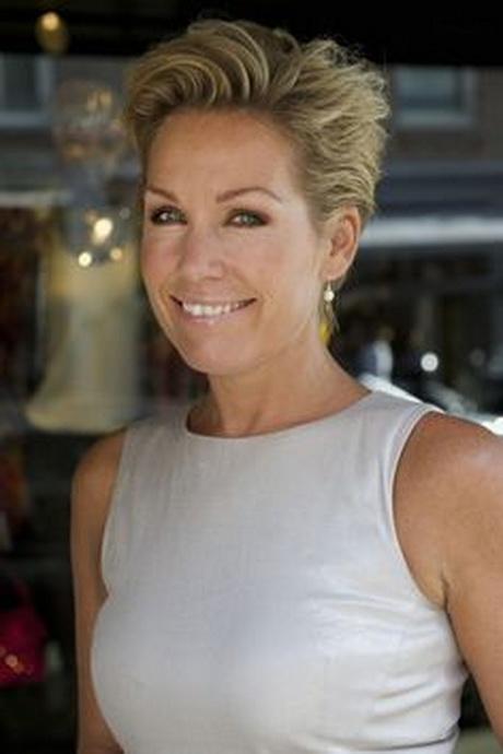 Kapsels voor 50 plussers vrouwen kapsels haarkapsels new style for